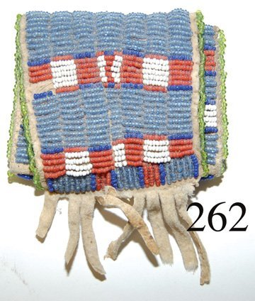 262: SIOUX POUCH