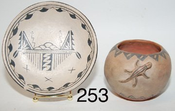 253: TWO  POTTERY ITEMS