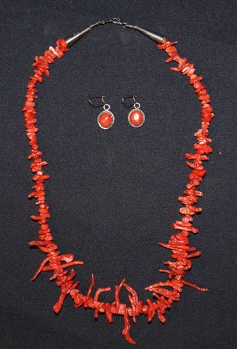 254: PUEBLO CORAL NECKLACE