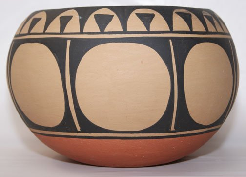 267: SANTO DOMINGO POTTERY BOWL