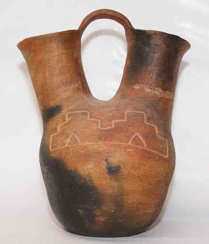 268: NAVAJO POTTERY WEDDING VASE