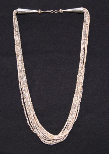 272: TEN STRAND SANTO DOMINGO NECKLACE