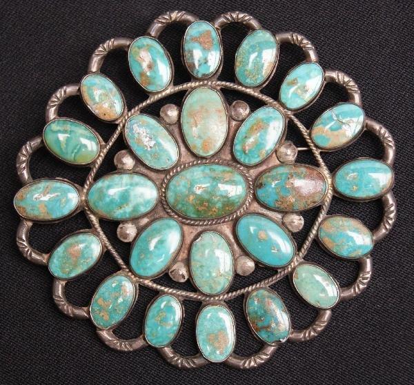 2: Navajo Cluster Pin