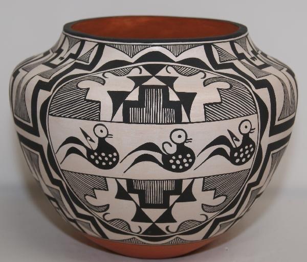 501: Acoma Pottery Olla