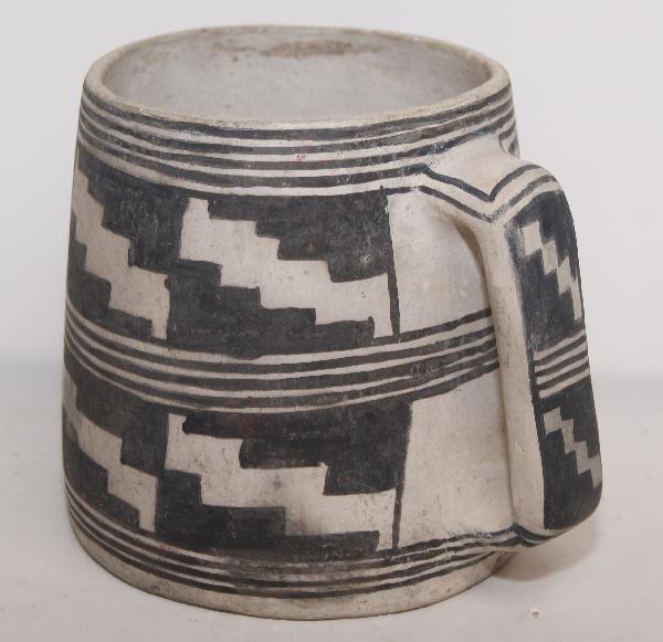 519: Mesa Verde Pottery Mug