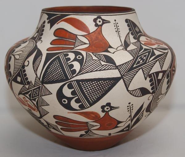 693: Acoma Pottery Jar
