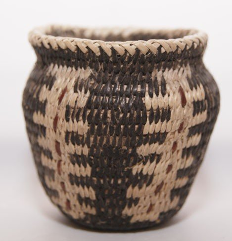 251: MINIATURE PIMA BASKET