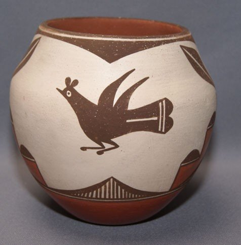 16: ZIA POTTERY JAR