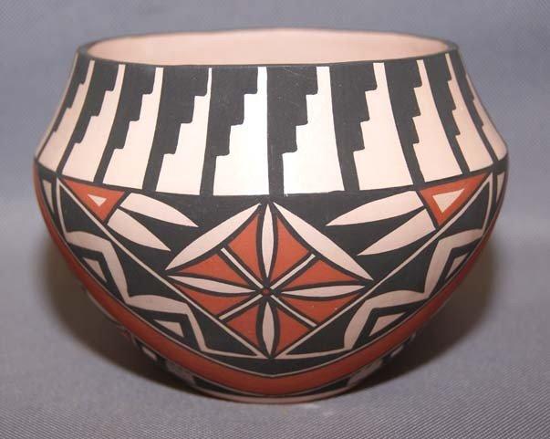 4: ACOMA POTTERY JAR