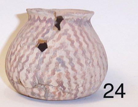 24: HOHOKAM POTTERY JAR