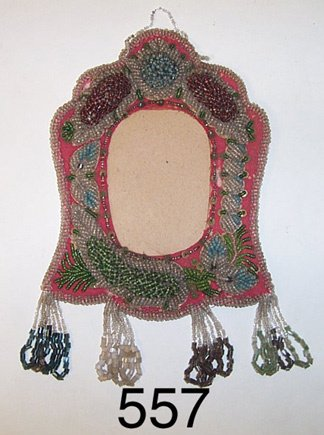 557: IROQUOIS PICTURE FRAME