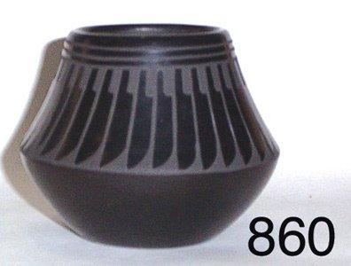 860: SANTA CLARA POTTERY JAR