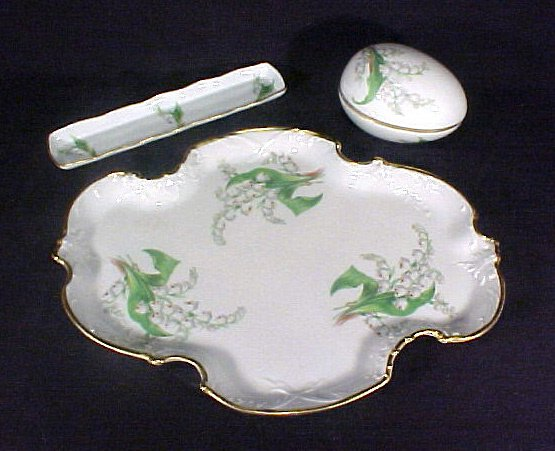 2004: vintage Limoges Porcelain Tray & Boxes 3pc