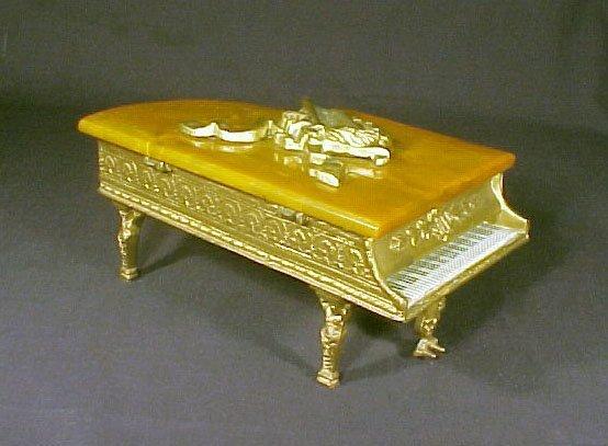 4016: Vintage Music Jewelry Box Grand Piano