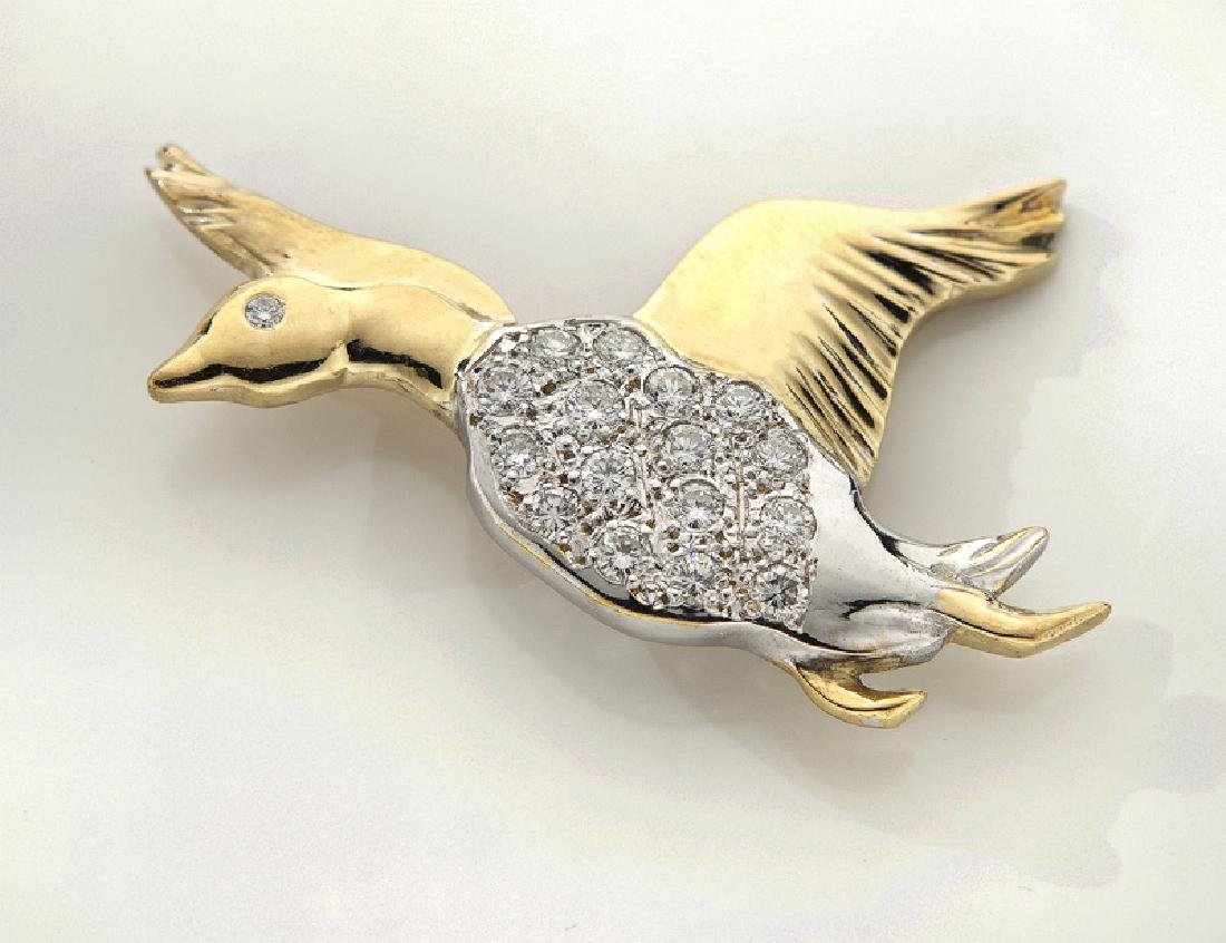18K gold and diamond goose brooch