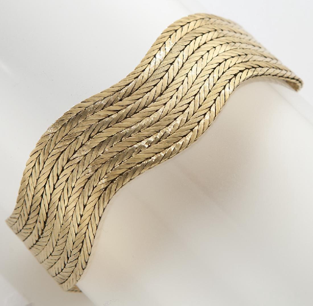 Brevetto 18K gold bracelet.