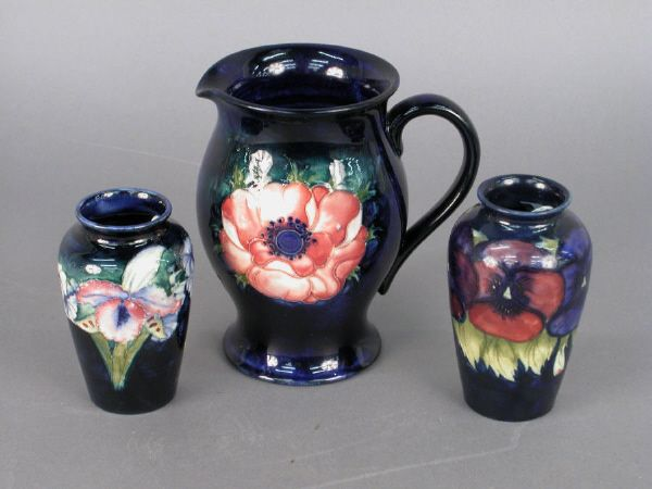 3pcs. Marked Moorcroft, pottery, all with cobalt
