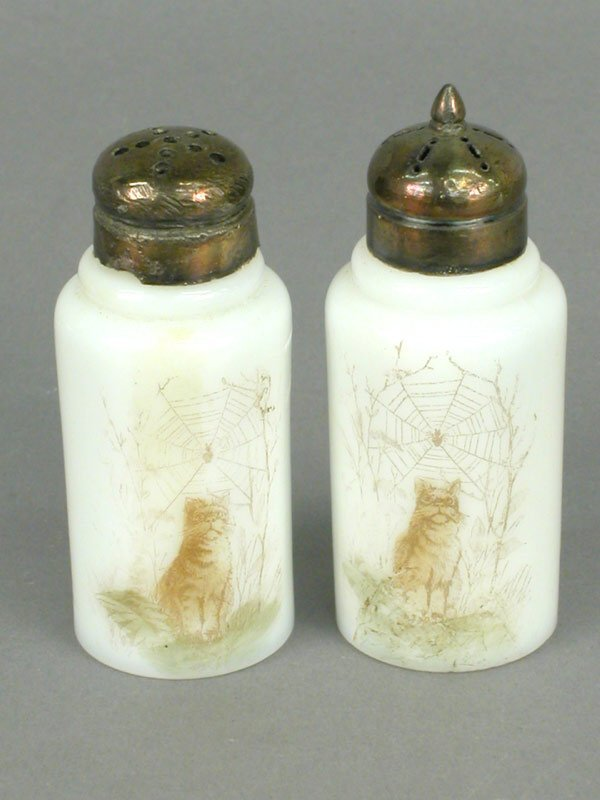 17: Pair of Wavecrest salt and pepper shakers