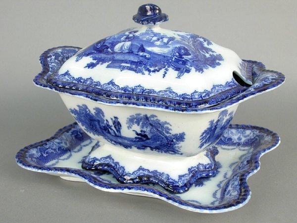 "24: Doulton blue ""Watteau"" patter lidded soup"