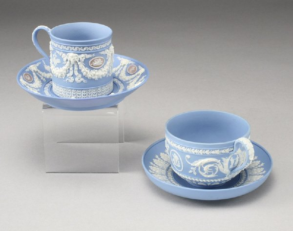 8: (2) Pairs Wedgwood cups and saucers: