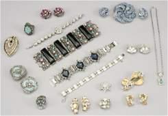 482 24 Pcs vintage costume jewelry 1 Art Nouveau