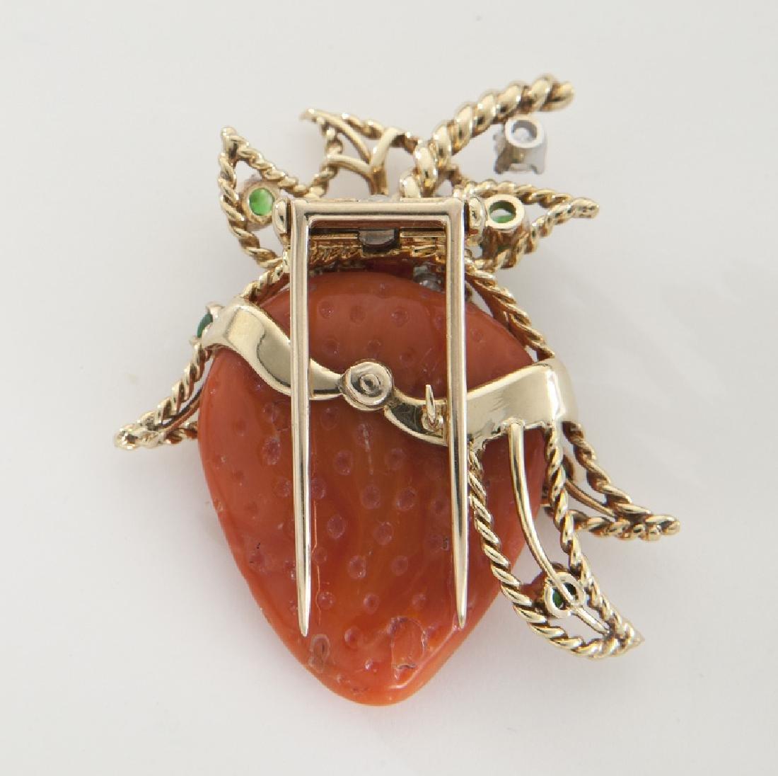 Deco/Retro 18K, diamond, garnet and coral brooch - 2