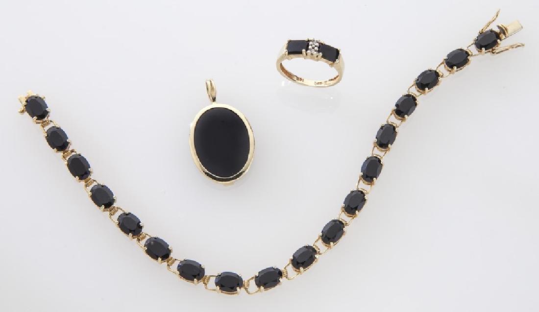 3 Pcs. 14K yellow gold and onyx jewelry