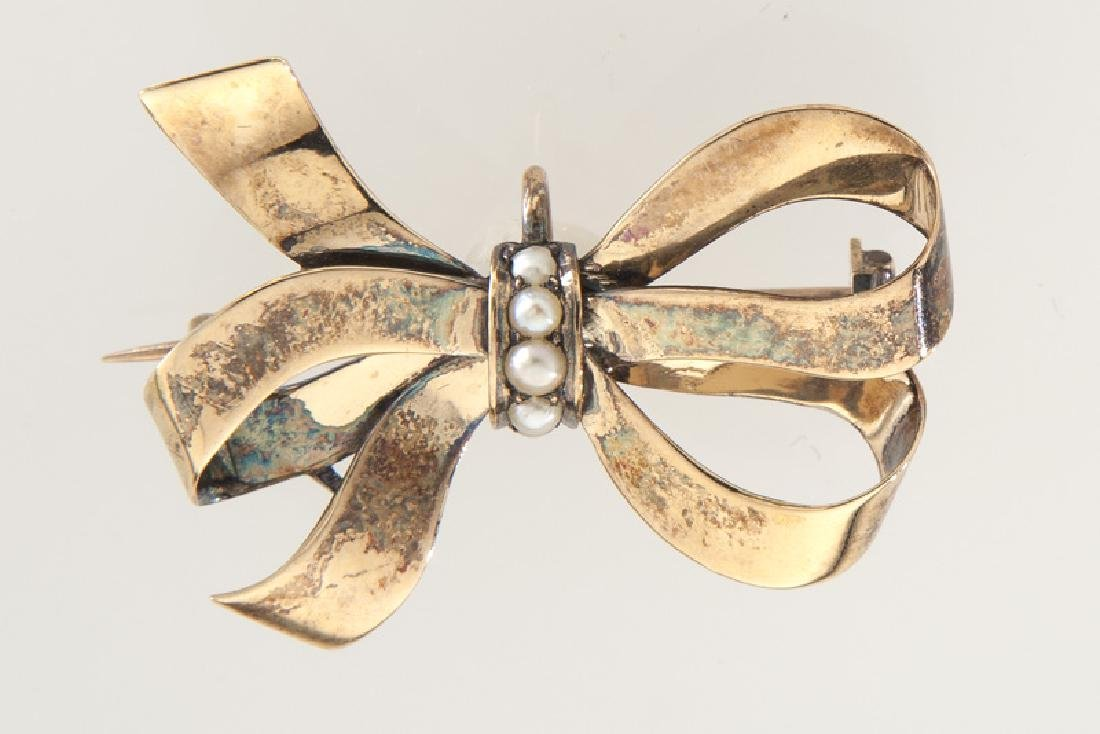 Edwardian/Deco 14K rose gold and pearl bow brooch