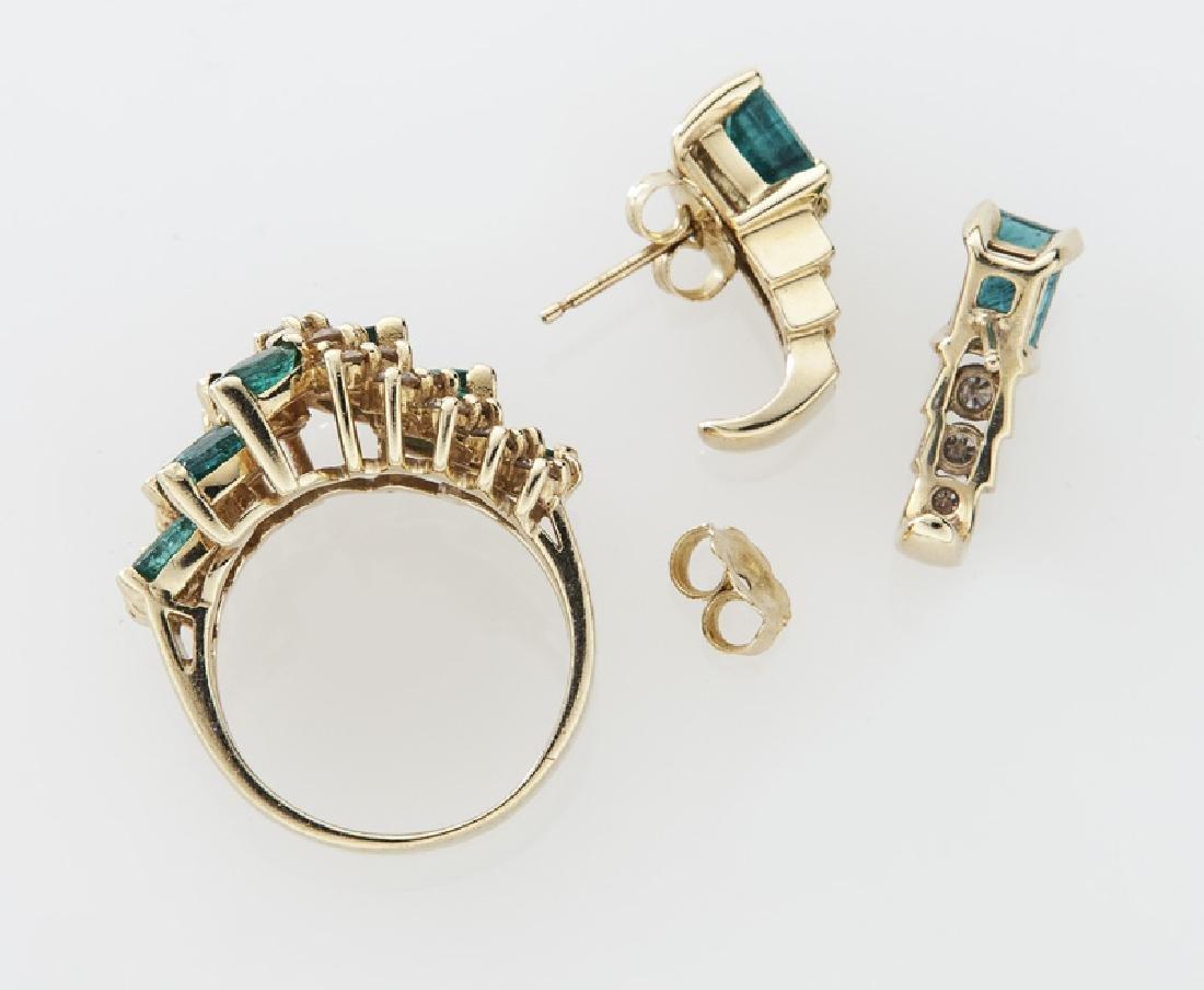 2 Pcs. 14K gold, diamond and emerald jewelry - 2