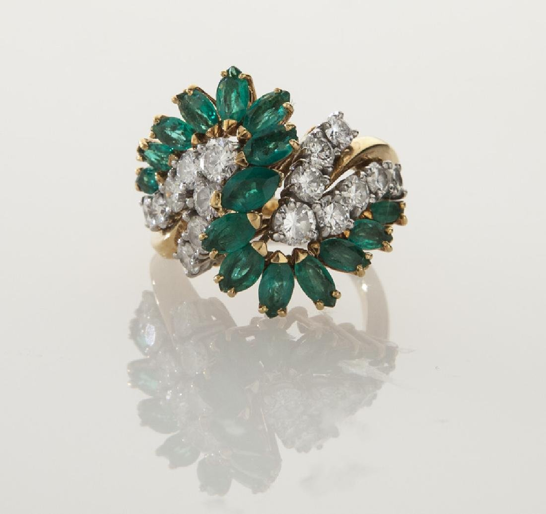18K gold, diamond and emerald ring. - 2