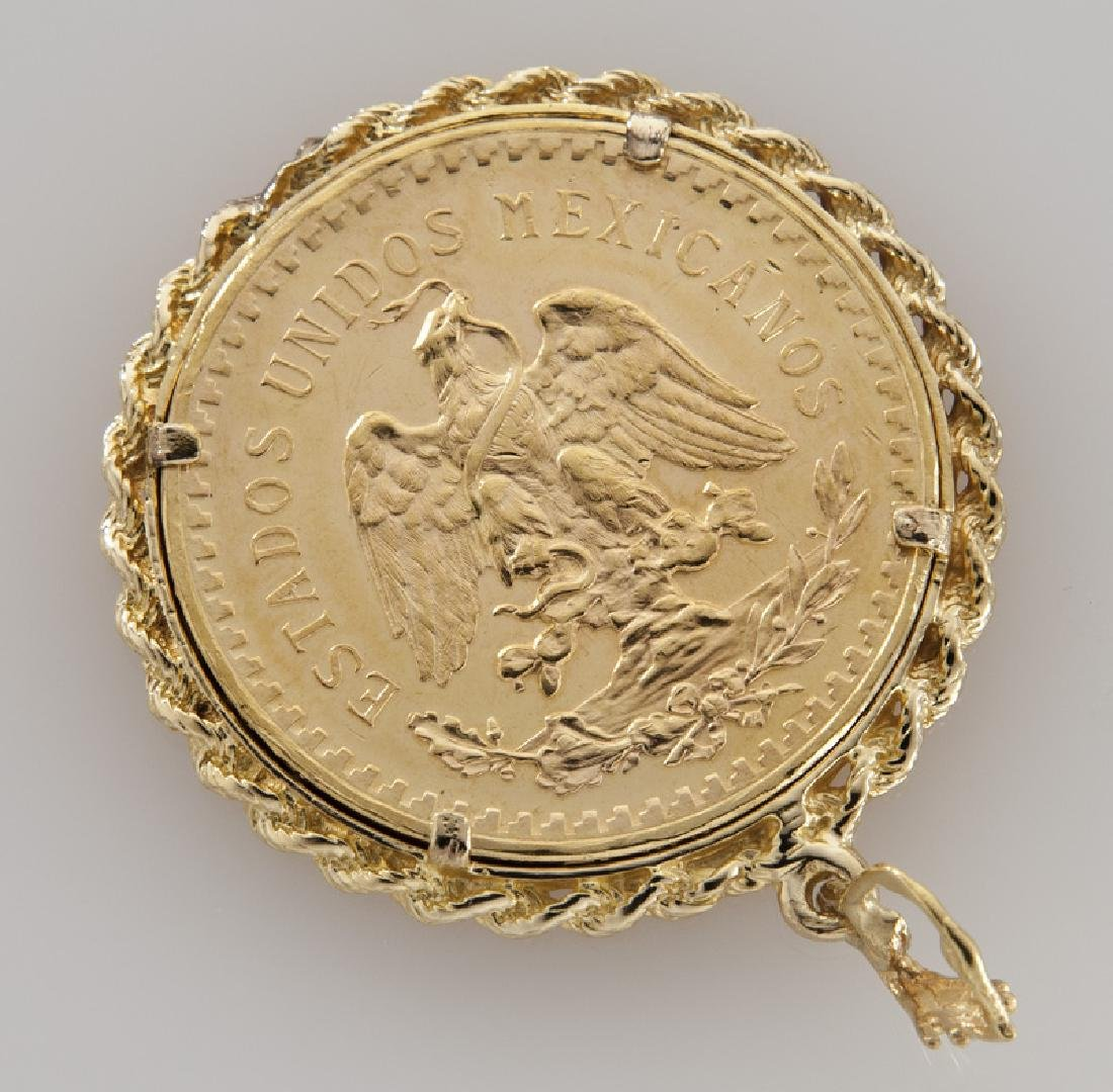 Mexican 50 Peso coin pendant in a 14K gold frame. - 2