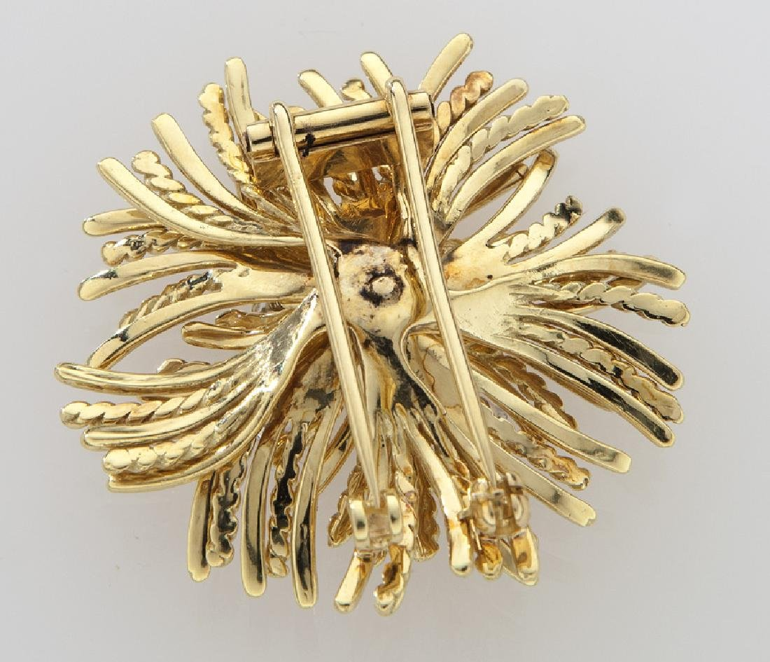 Retro 18K gold and diamond brooch in a flame - 2