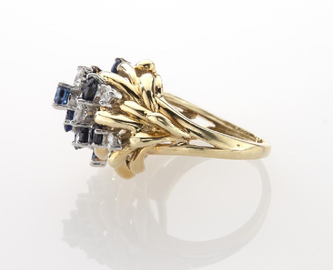 Retro platinum, 18K, diamond and sapphire ring. - 3