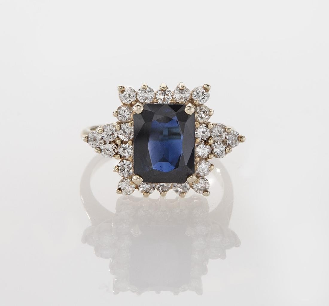 14K yellow gold, diamond and sapphire ring - 2