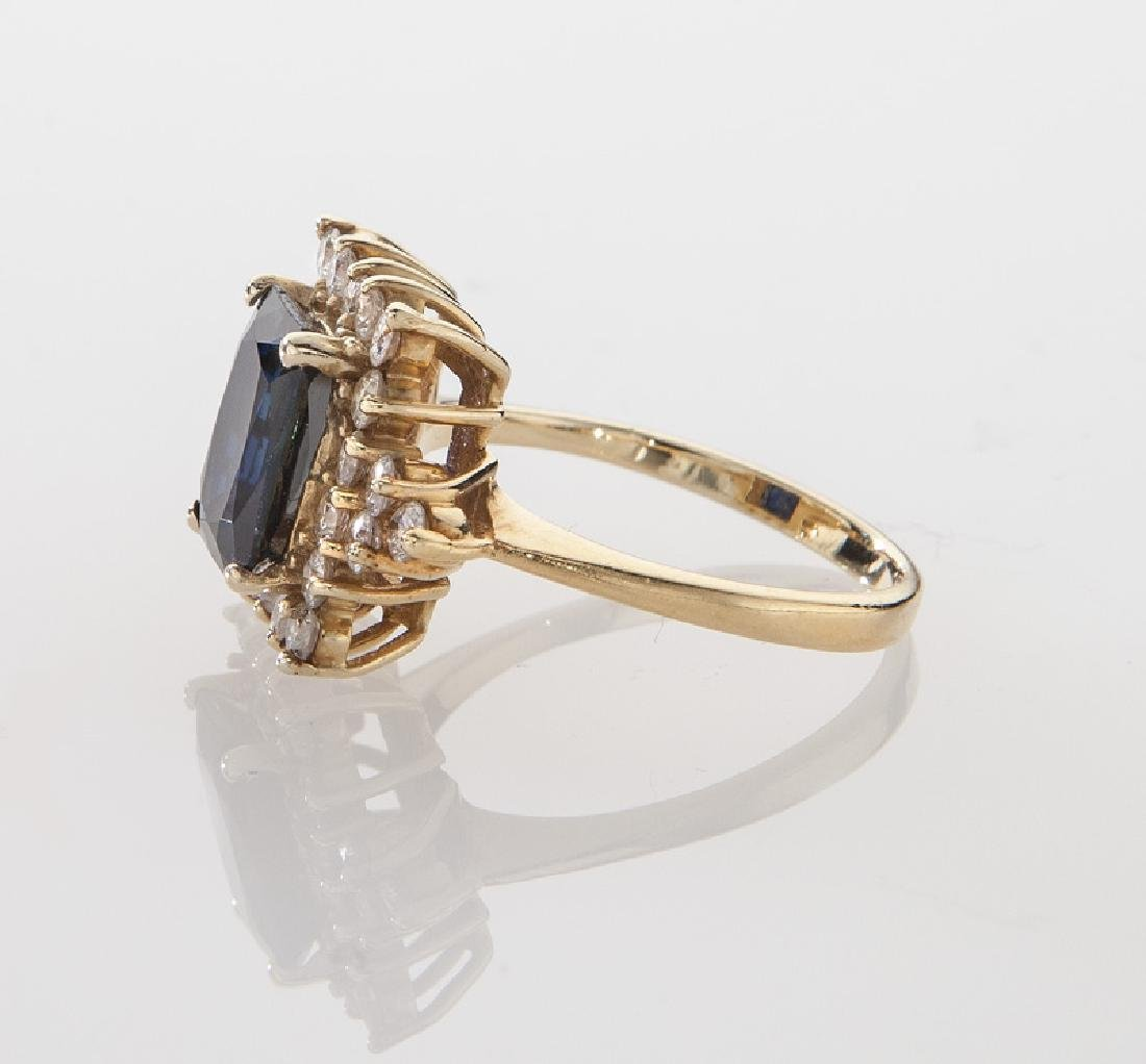 14K yellow gold, diamond and sapphire ring - 3