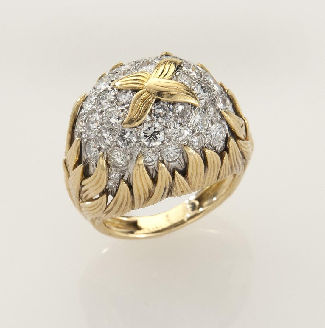 18K gold and diamond dome ring with flame motif