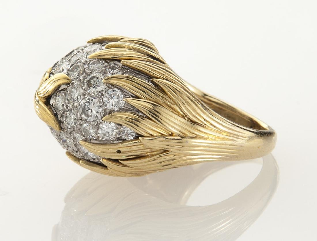18K gold and diamond dome ring with flame motif - 3