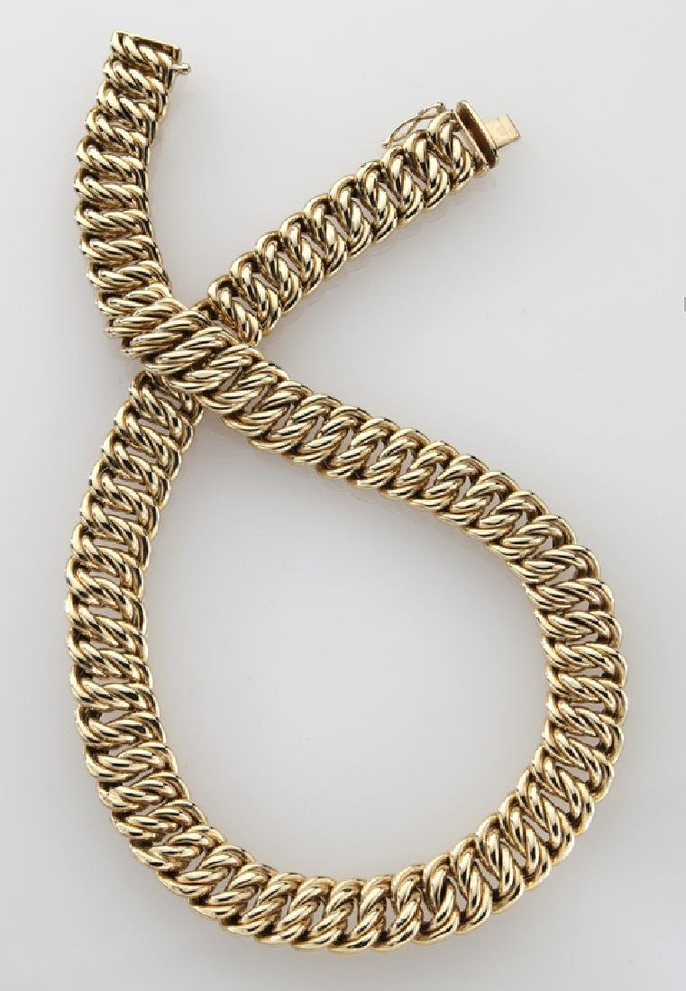 14K yellow gold cable link necklace. - 2