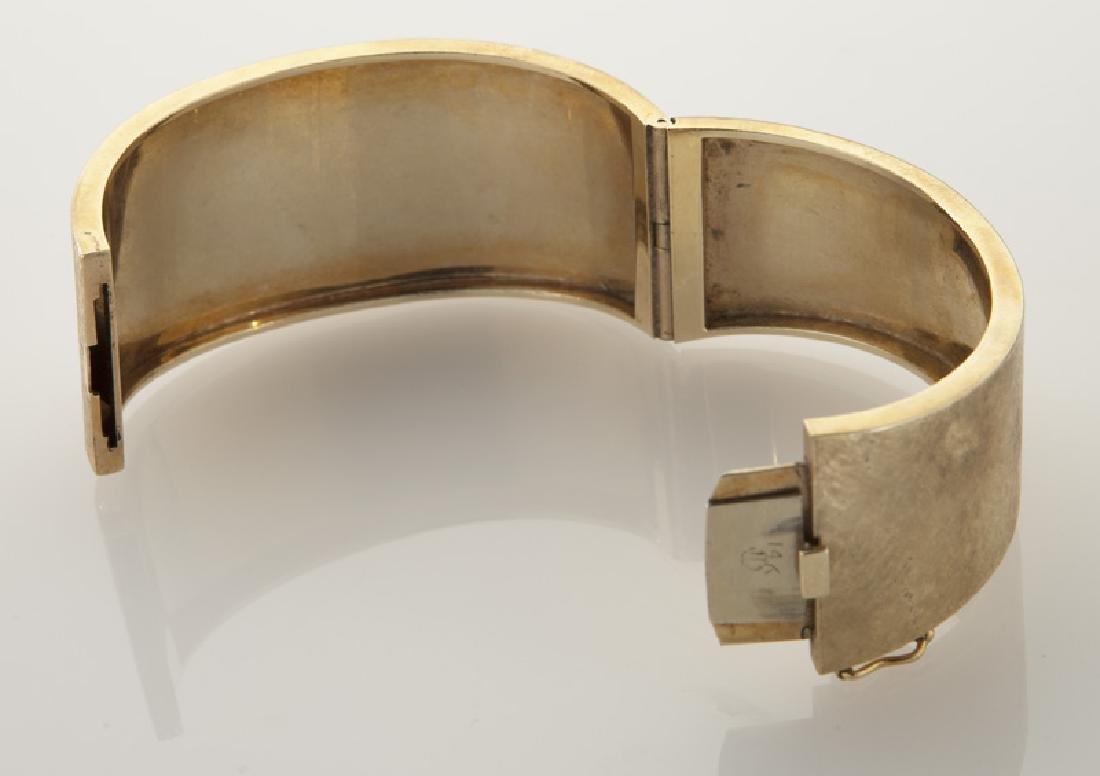 14K gold bangle bracelet with Florentine finish. - 3