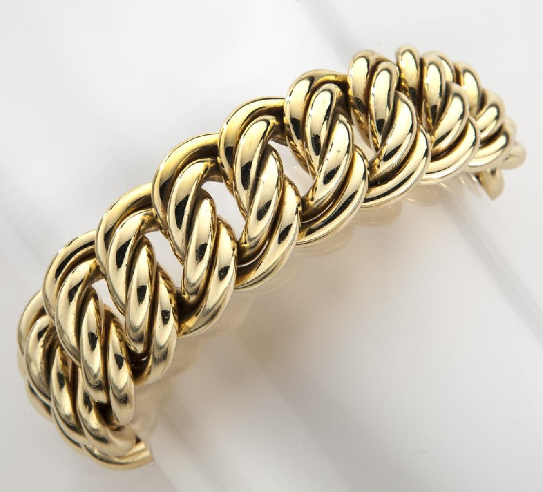 German 18K yellow gold link bracelet.