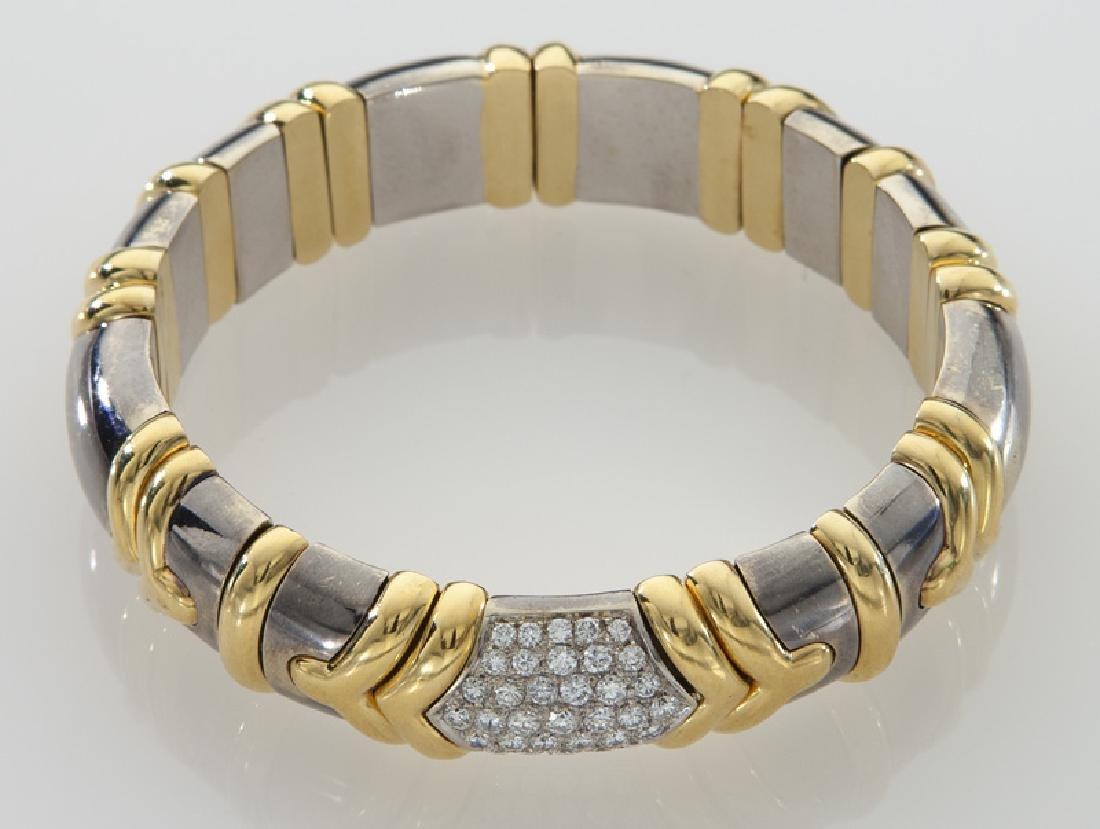 18K gold and diamond bangle bracelet. - 2