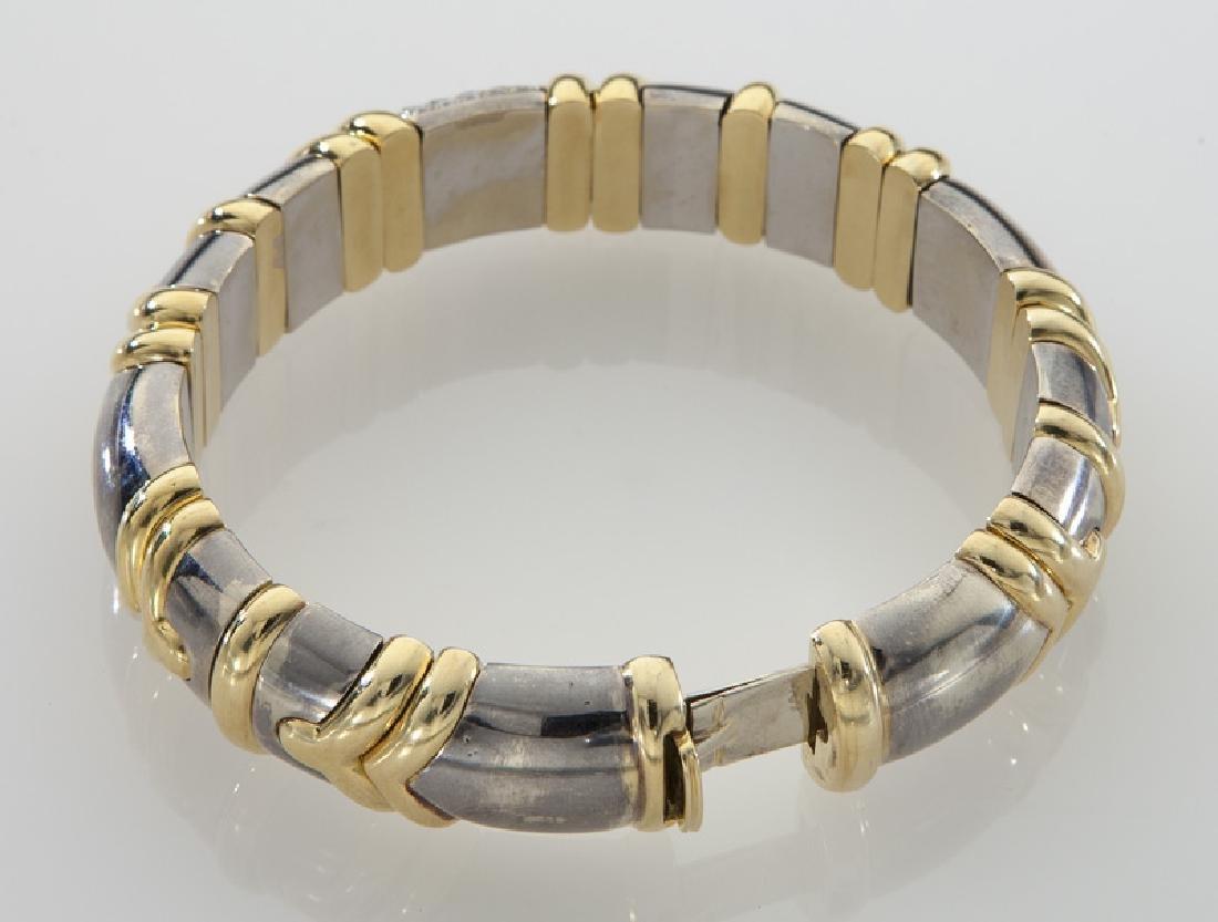 18K gold and diamond bangle bracelet. - 3