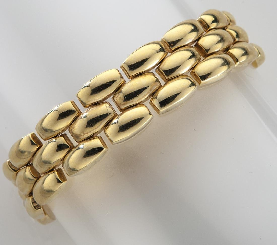 14K gold three-section line bracelet.