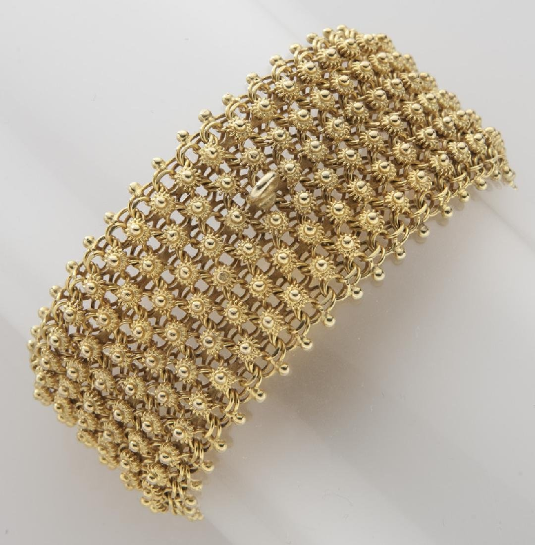 14K gold bracelet having a geometric design