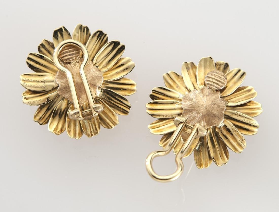 Pair of Buccellati 18K gold and pearl earrings - 2