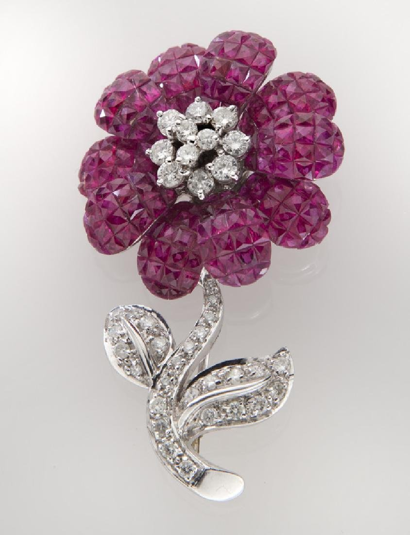 18K white gold, diamond and ruby flower brooch,