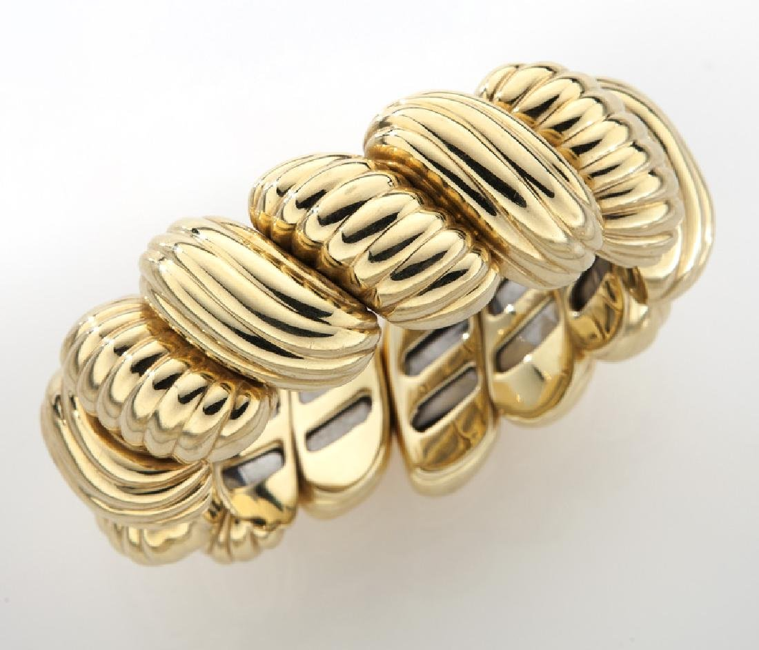 18K yellow gold flexible cuff bracelet