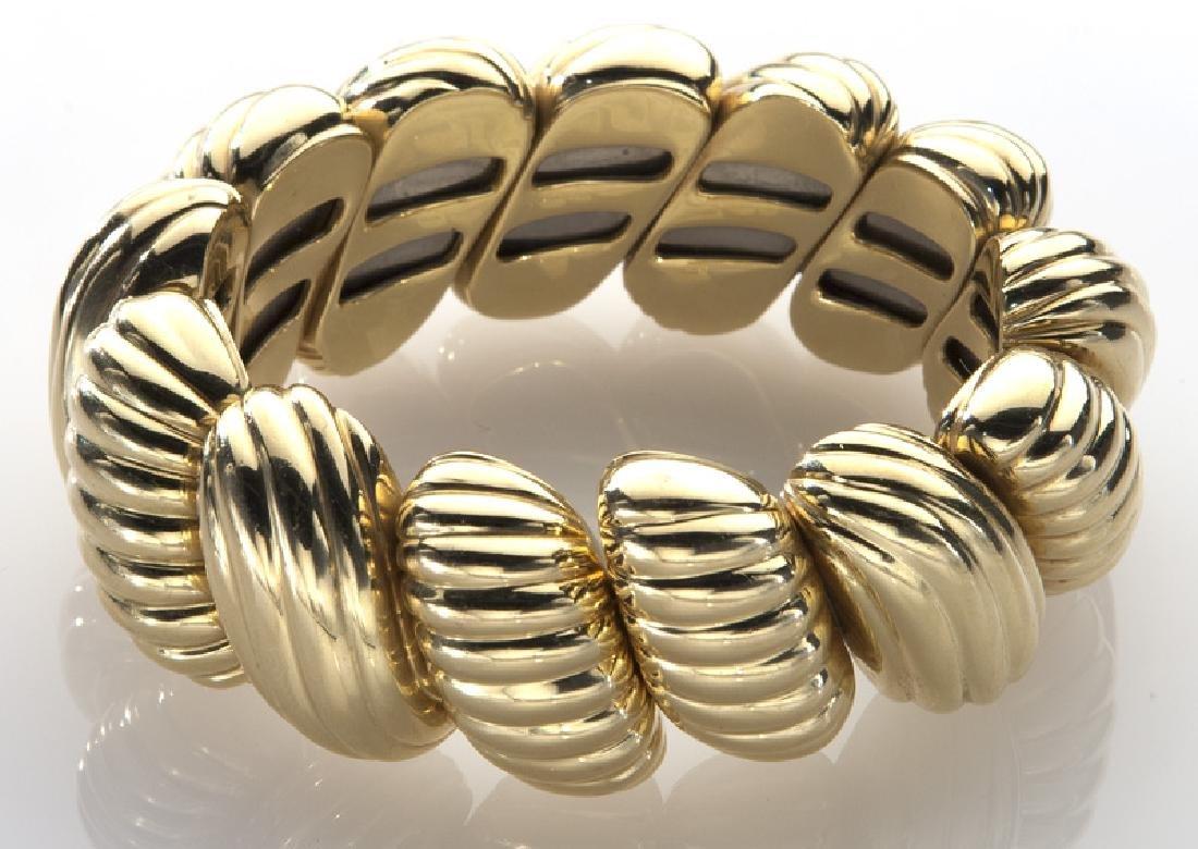 18K yellow gold flexible cuff bracelet - 2