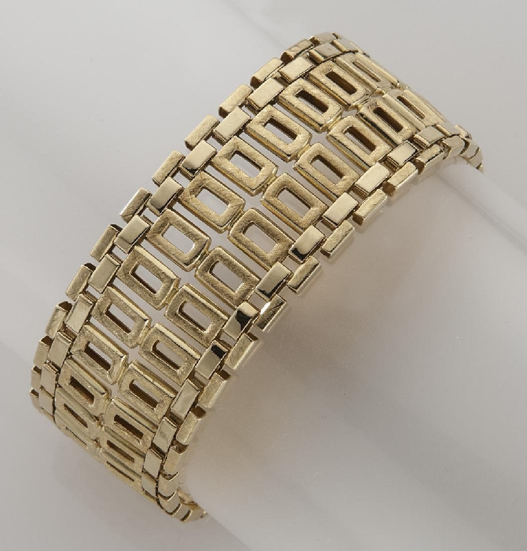 2 Pcs. Mod Dep 18K gold jewelry including - 4