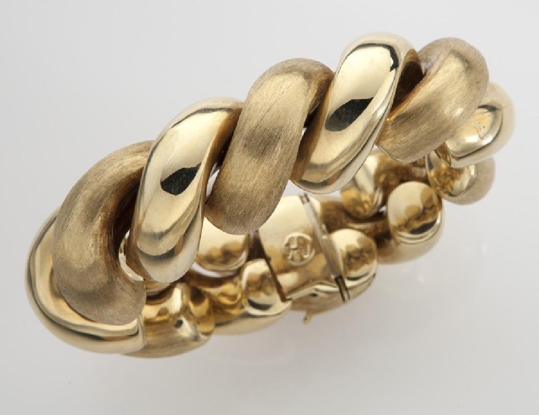 Italian 18K yellow gold cable bracelet